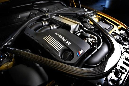BMW M4 - #radical14 - Wallpaper 3